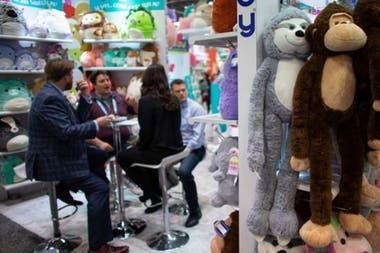 Ярмарка игрушек в Нью-Йорке привлекает 25 000 человек из индустрии