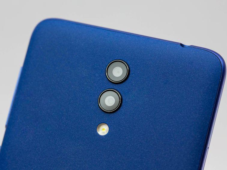 Alcatel 1X имеет двойную камеру и довольно недорогой