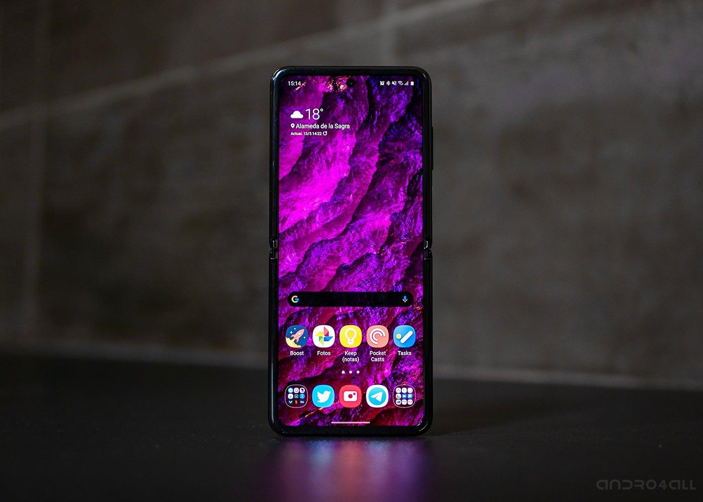 Samsung Galaxy Z Flip, домашний экран