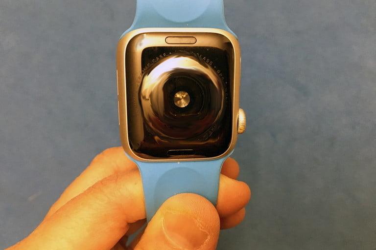 Apple Watch сзади