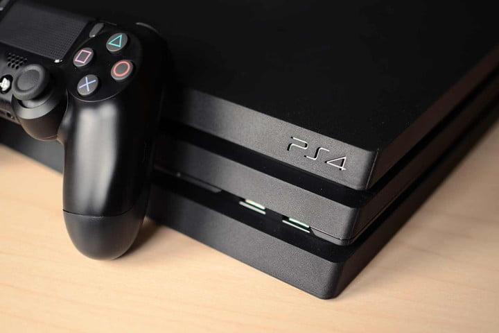 Cosola PS4 и контроль на коричневой поверхности