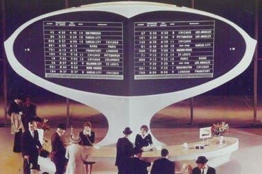 Панель приборов Solari в аэропорту JFK в Нью-Йорке в 1962 году