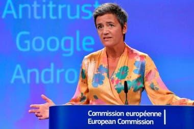 Команда Margrethe Vestager Комиссии по конкуренции Европейского Союза связалась с около 1500 продавцами Amazon