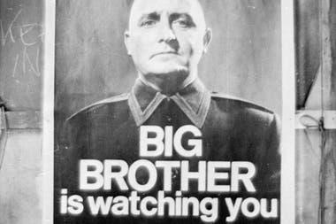 Мысль о том, что «Большой Брат следит за тобой» не так страшна для некоторых