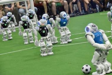 Ты умеешь играть в футбол? Стратегия хорошая, но скорость?