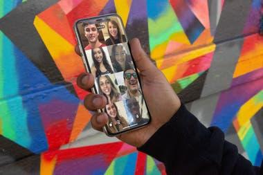 Домашние видеозвонки с играми - отличный вариант для развлечения с семьей и друзьями на расстоянии
