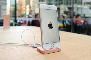 Линейка iPhone со считывателем Touch ID станет преемницей с выходом iOS 14